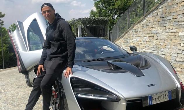 Роналду купив спорткар за мільйон євро