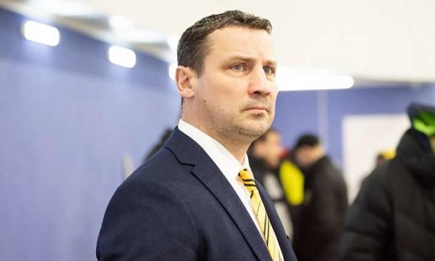 Донбас звільнив головного тренера після розгрому від Дніпра