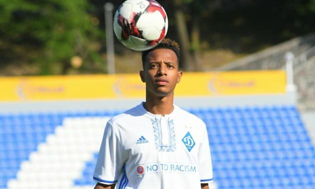 Динамо хоче продати бразильського півзахисника