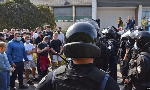 У Києві поліція побила студентів Олімпійського коледжу