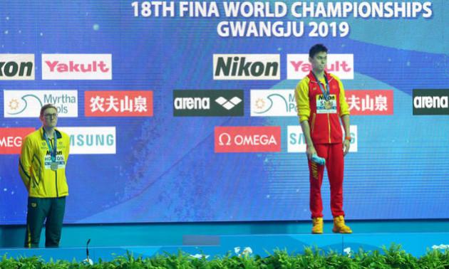 Призер чемпіонату світу відмовився встати на подіум з китайцем