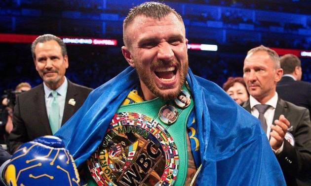 Чемпіон! Світоліна, Порошенко та інші привітали Ломаченка з перемогою