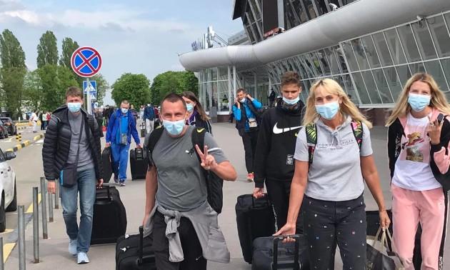 Українські легкоатлети змогли повернутись додому зі зборів у Португалії