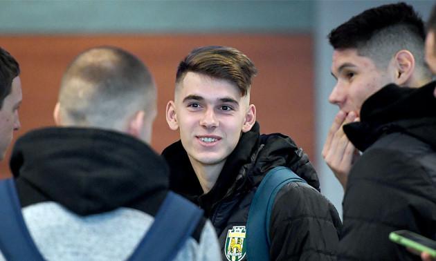 Карпати із 21 гравцем вирушили на збори у Туреччину