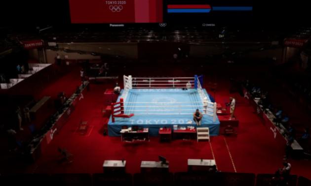 Скандал на Олімпіаді. Боксер годину протестував проти дискваліфікації