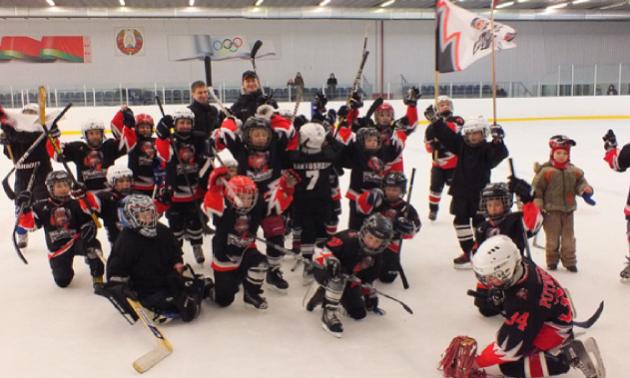 У Білорусі зупинили дитячі змагання з хокею