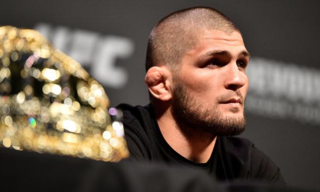 Президент UFC відмовився відбирати у Нурмагомедова чемпіонський пояс