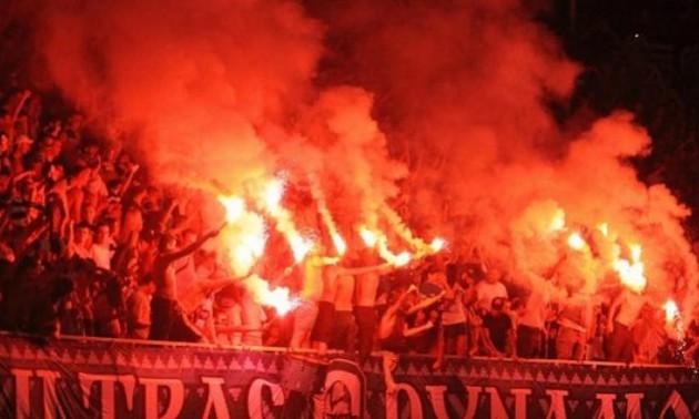 Ультрас Динамо влаштували масову бійку в Чехії. ВІДЕО