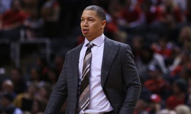 Екс-тренер Клівленда Лю може очолити Лейкерс