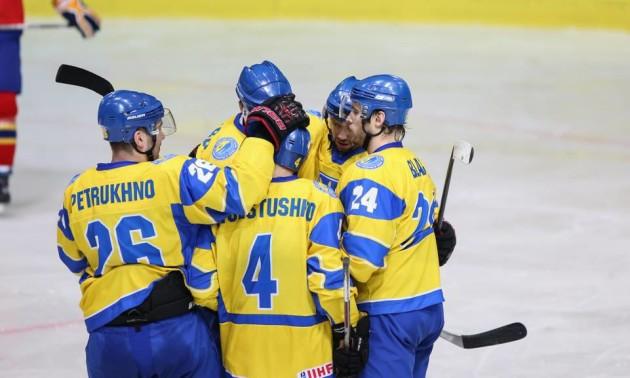 Два гравці збірної України перейшли до Дніпра