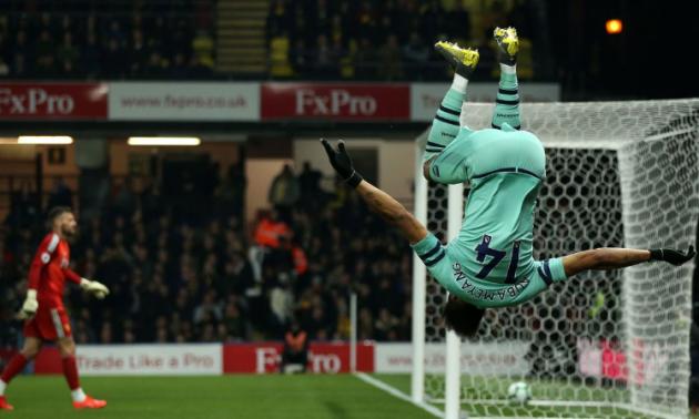 Курйозний гол Обамеянга, що приніс перемогу Арсеналу