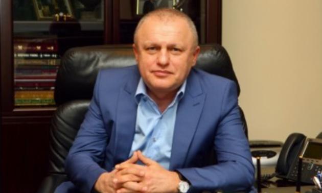 Приватбанк вимагає у Суркіса та Динамо виплати боргу