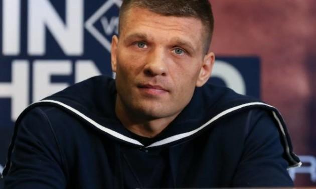 Дерев'янченко отримав пропозицію на бій з Альваресом та Чарло