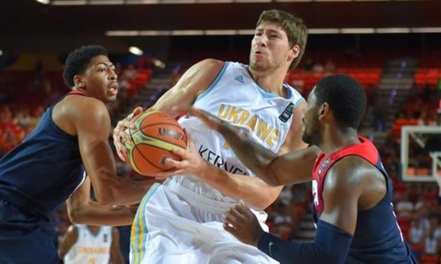 Блок-шот капітана збірної України потрапив у топ-7 моментів туру чемпіонату Іспанії. ВІДЕО