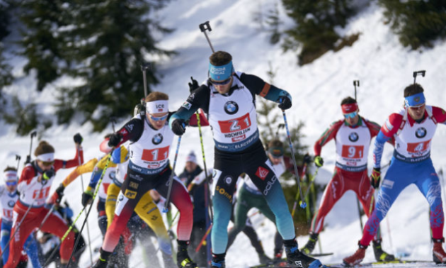Російські біатлоністи масово знялися з турніру після приїзду допінг-офіцерів