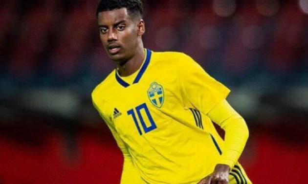 Шведський нападник зазнав расистських образ у матчі з Румунією