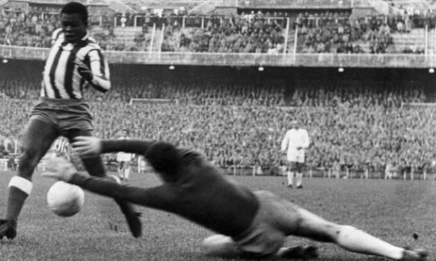 Помер легендарний півзахисник Атлетіко