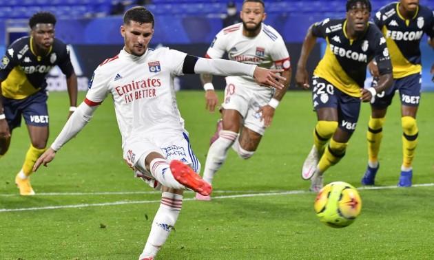 Ліон розгромив Монако у 8 турі Ліги 1
