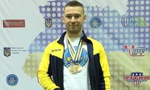 Українець побив світовий рекорд у пауерліфтингу