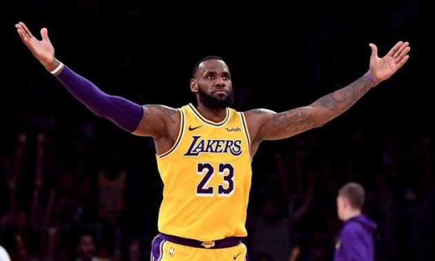 Леброн оформив декілька видатних рекордів НБА