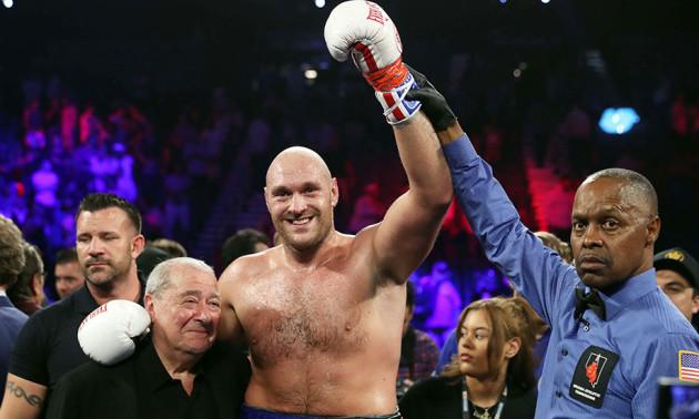 Ф'юрі включив Усика в ТОП-5 найкращих боксерів хевівейта