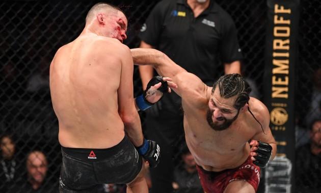 Лікарі зупинили бій Діас - Масвідаль на UFC 244