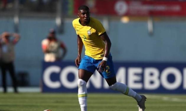 Барселона підписала бразильського захисника