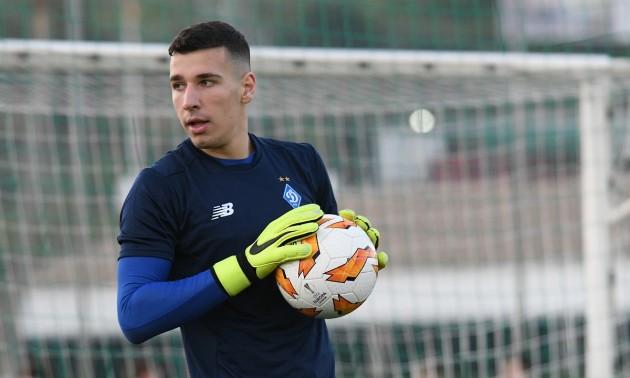 Динамо підписало новий контракт з голкіпером