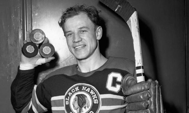 67 років тому українець закинув три шайби за 21 секунду у матчі НХЛ