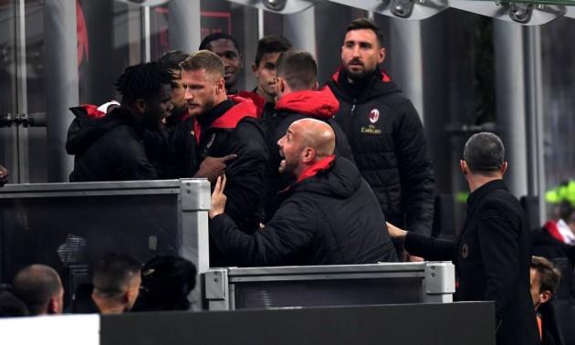 Мілан покарав своїх гравців, які билися під час матчу з Інтером