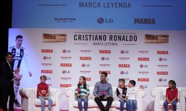 Роналду шкодує, що покинув Реал