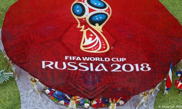 Російський олігарх підкупив президента ФІФА для проведення ЧС-2018