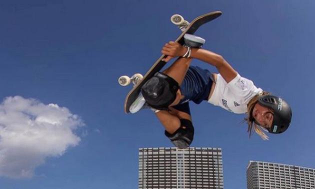 Юна британка взяла бронзу в скейтбордингу. Минулого року вона отримала страшну травму під час тренування