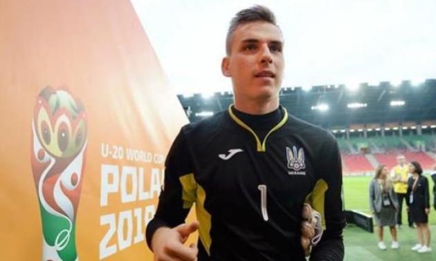 Лунін відправився у національну збірну