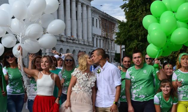 В Україні відбулося унікальне бігове весілля