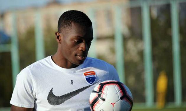 Захисника Маріуполя викликали до збірної Камеруну