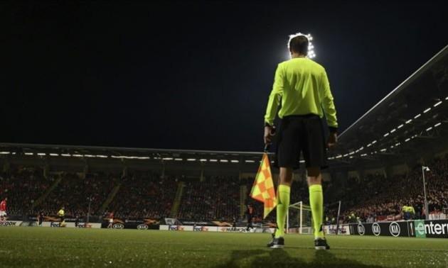 УЄФА буде використовувати ширші лінії офсайду у матчах єврокубків