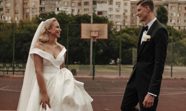 Пустовий одружився на сербській волейболістці