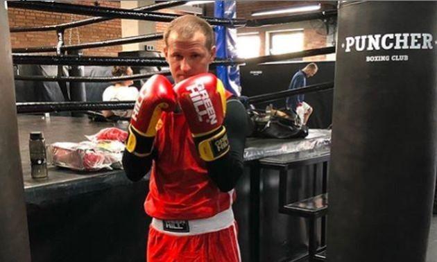 Алієв з поразки дебютував на боксерському ринзі