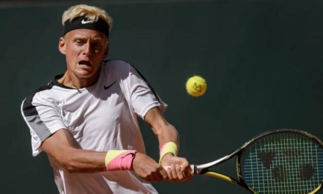 Тенісист впав під час матчу через судому