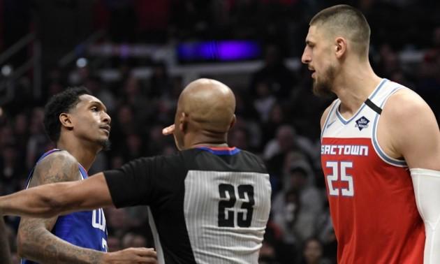 Лень влаштував бійку в матчі НБА