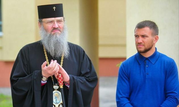 Ви православний воїн! - Московський піп звернувся до Ломаченка