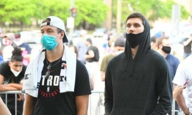Захисник збірної України взяв участь в акції протесту у США