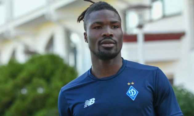 Півзахисник Динамо знявся у кліпі африканського репера