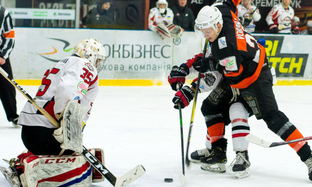 ТОП-10 шайб листопада чемпіонату УХЛ