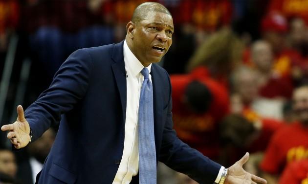 Гравець НБА вимагав у арбітрів технічного фолу для свого батька