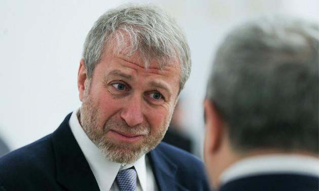 Абрамович хотів купити клуб в Москві
