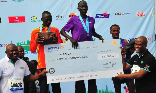 Як заробити на бігові: призові, які виплачують на світових марафонах