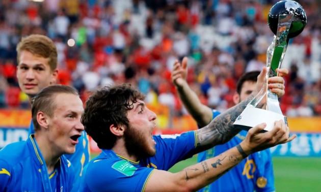 Екс-регіонал заплатить преміальні збірній України за перемогу на чемпіонаті світу