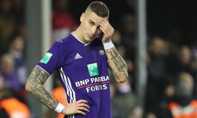 Андерлехт зазнає фінансових втрат, якщо продать Враньєша у київське Динамо.